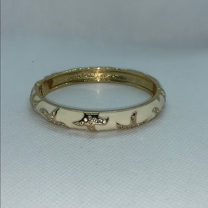 Gorgeous Starfish Bangle Bracelet